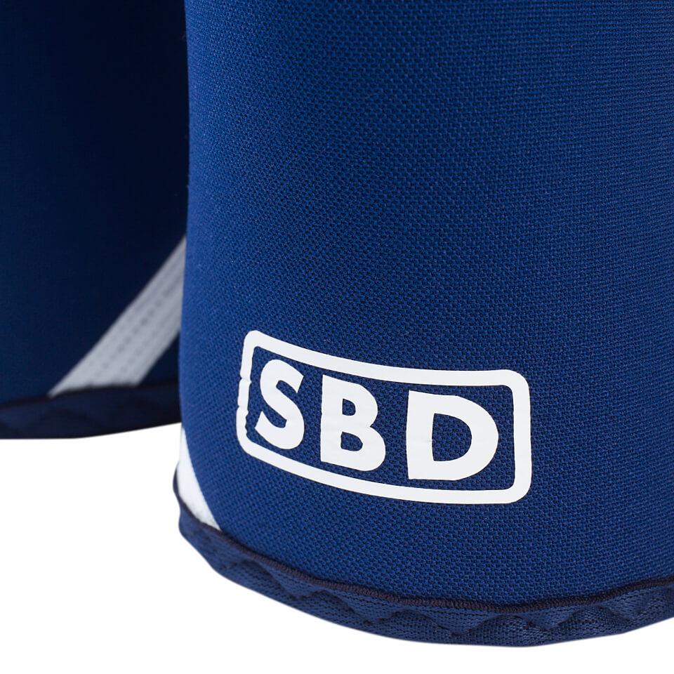 SBD Knee Sleeves Blue/White logga