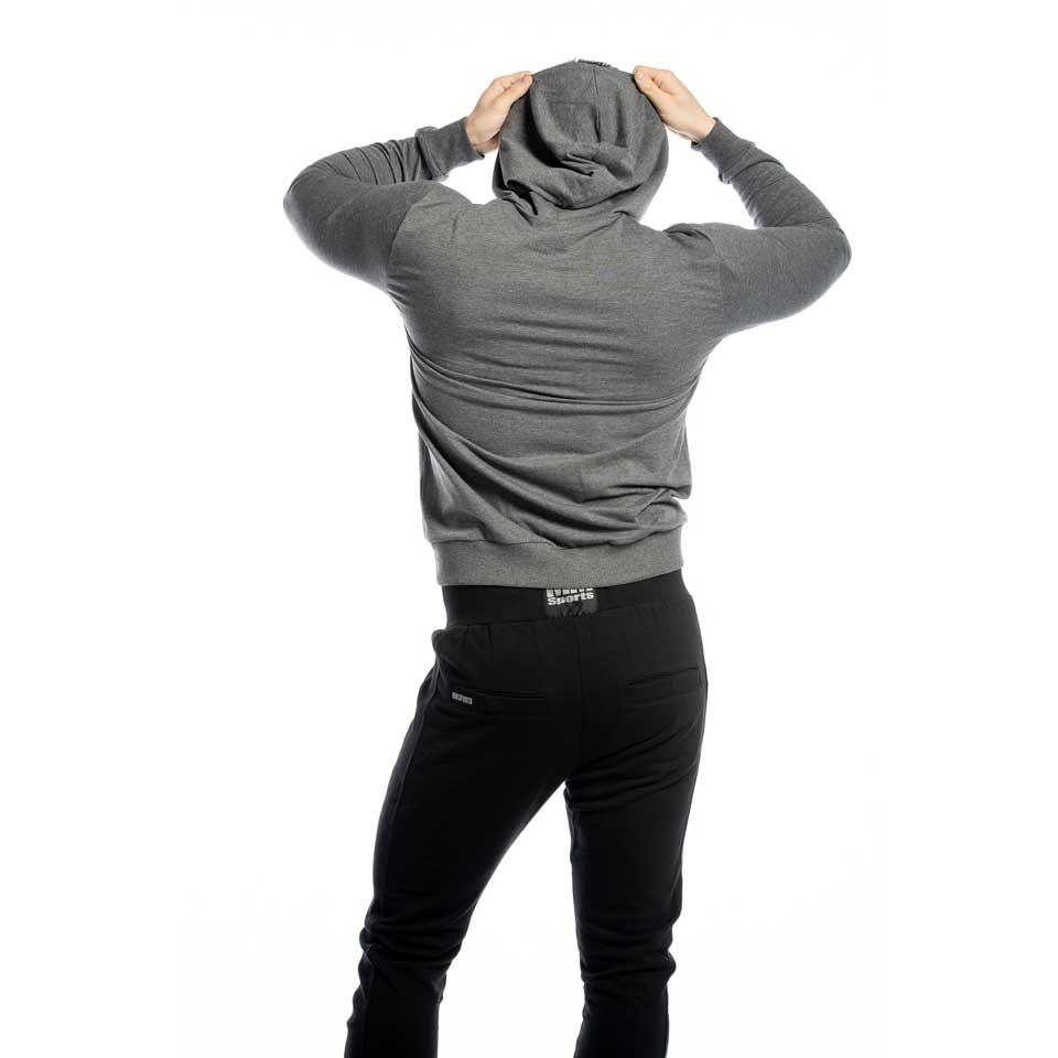 Svarta MM Tapered Pants Stanley byxor bakifrån
